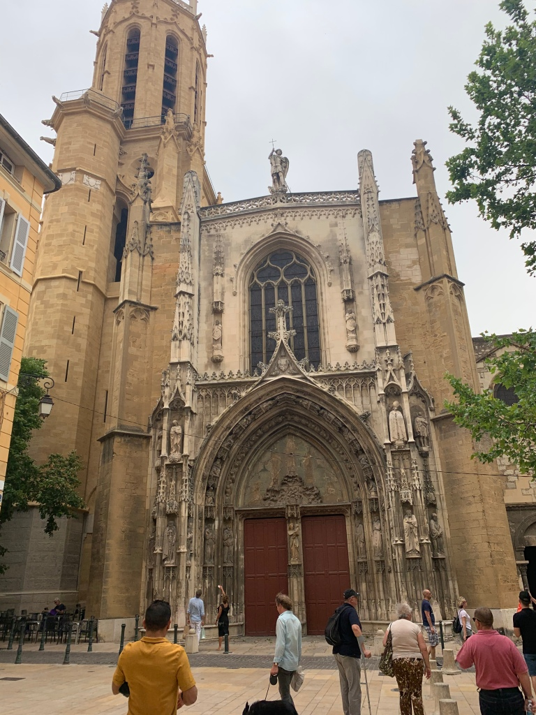 Aix-en-Provence cathedral front